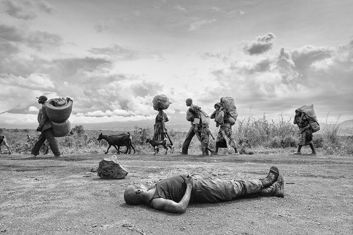 DEMOCRATIC REPUBLIC OF CONGO, NOVEMBER 2008: The body of a dead FRDC (Congolese Army) soldier.