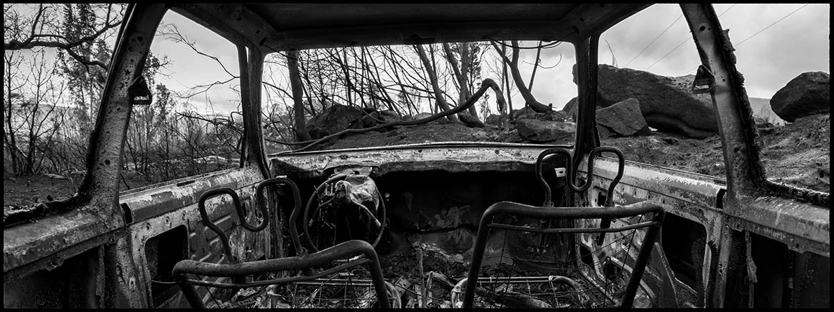 Burnt car in village of el Melón. Ourense Province